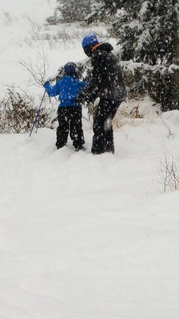Lek i snøen på Haglebu