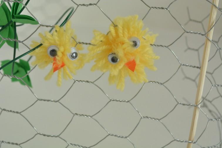 kyllingen snek seg gjennom nettingen