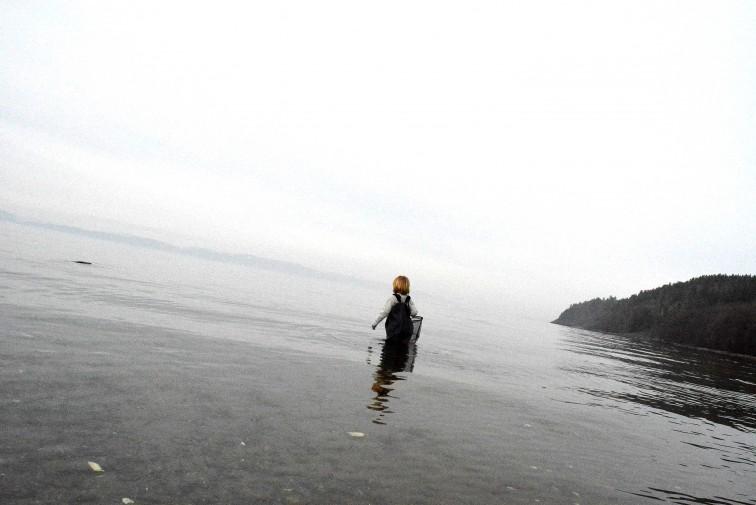 Petrus er langt ute i vannet uten å bli våt med barnevaderne