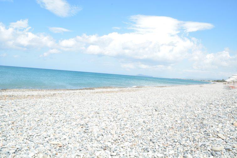 Selveste stranden foran hotellet