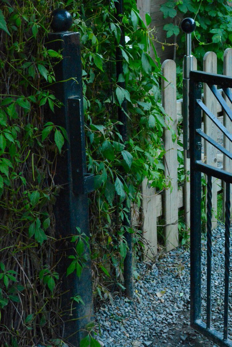 Å lukke porten i barnehagen Andersrød