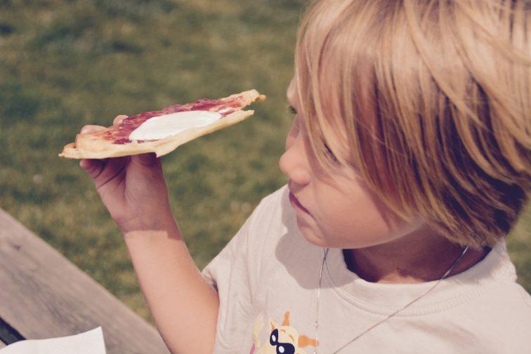 gutt spiser vaffel Son kystkultursemter