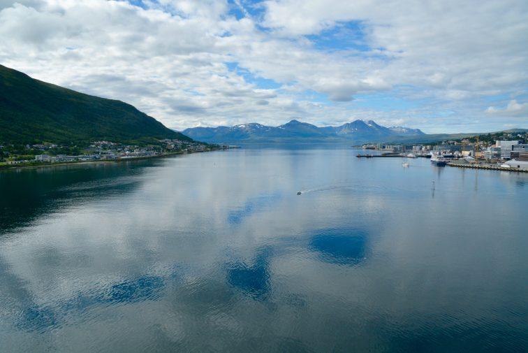 Utsikt sørover fra Tromsøbrua