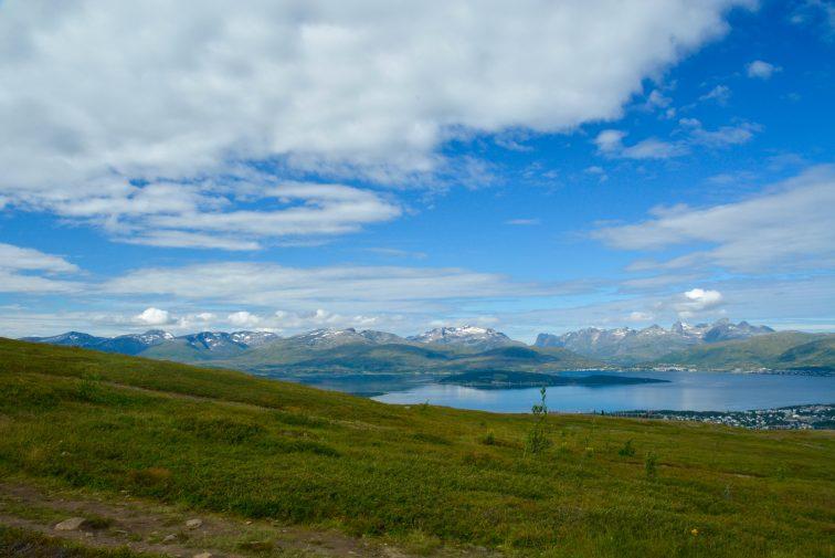Utsikt nordover fra Fjellet, Tromsp