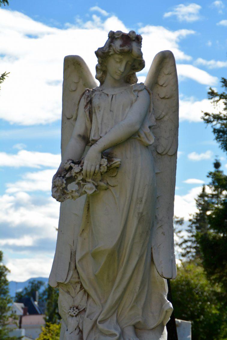 Engel på Tromsø gravlund