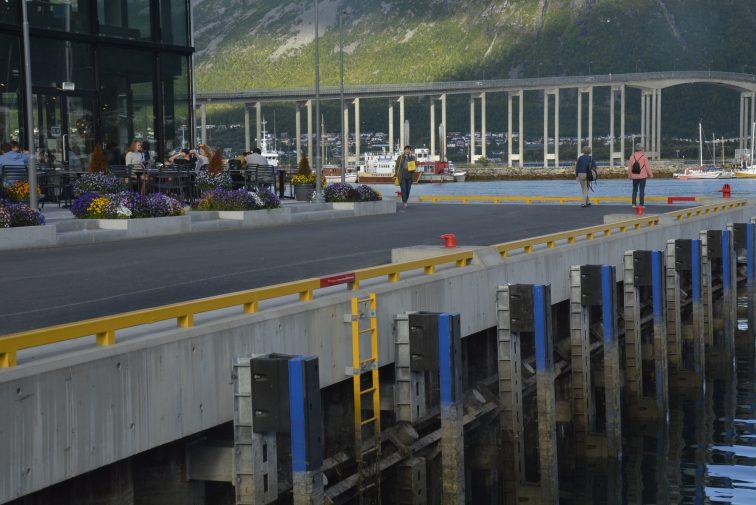 LAngs kaia I Tromsø