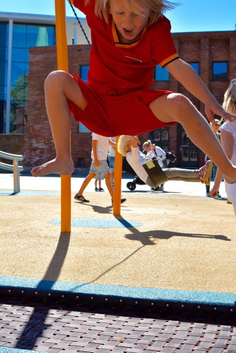 på trampolina Moss kommune