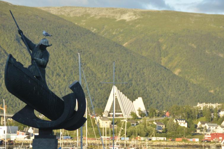 Tromsø fra sentrum Petrus og Petrine