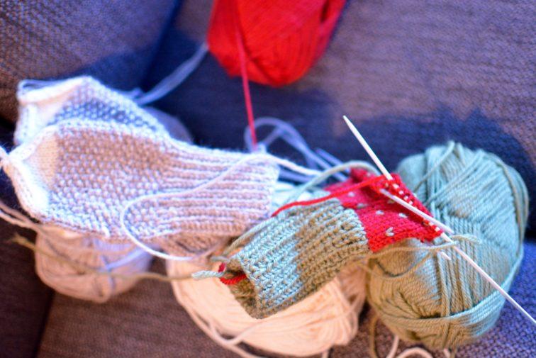 strikketøy til adventskalender petrusogpetrine.no